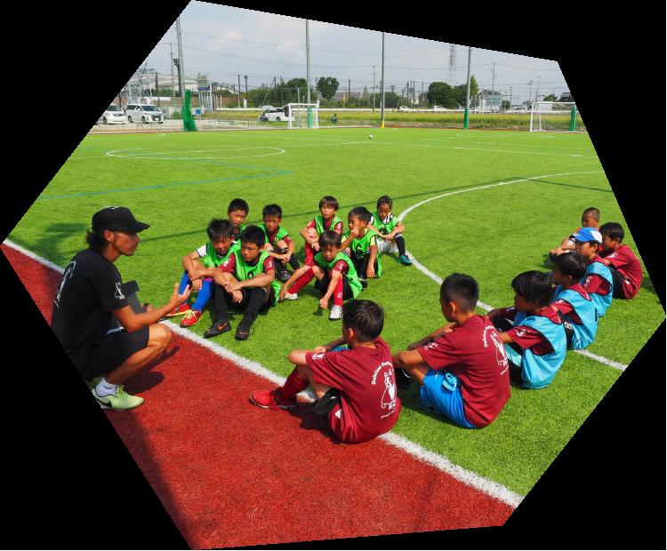 生徒、選手たちを育てるスクール